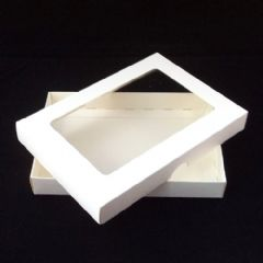 A6 White Invitation Boxes With Aperture Lid